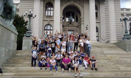 Деца из Словеније у посети Србији