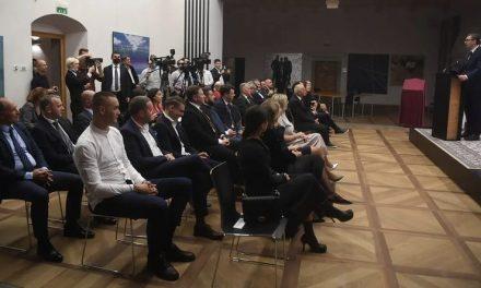 Председник Савеза Срба Словеније на отварању Уметничке Амбасаде Србије